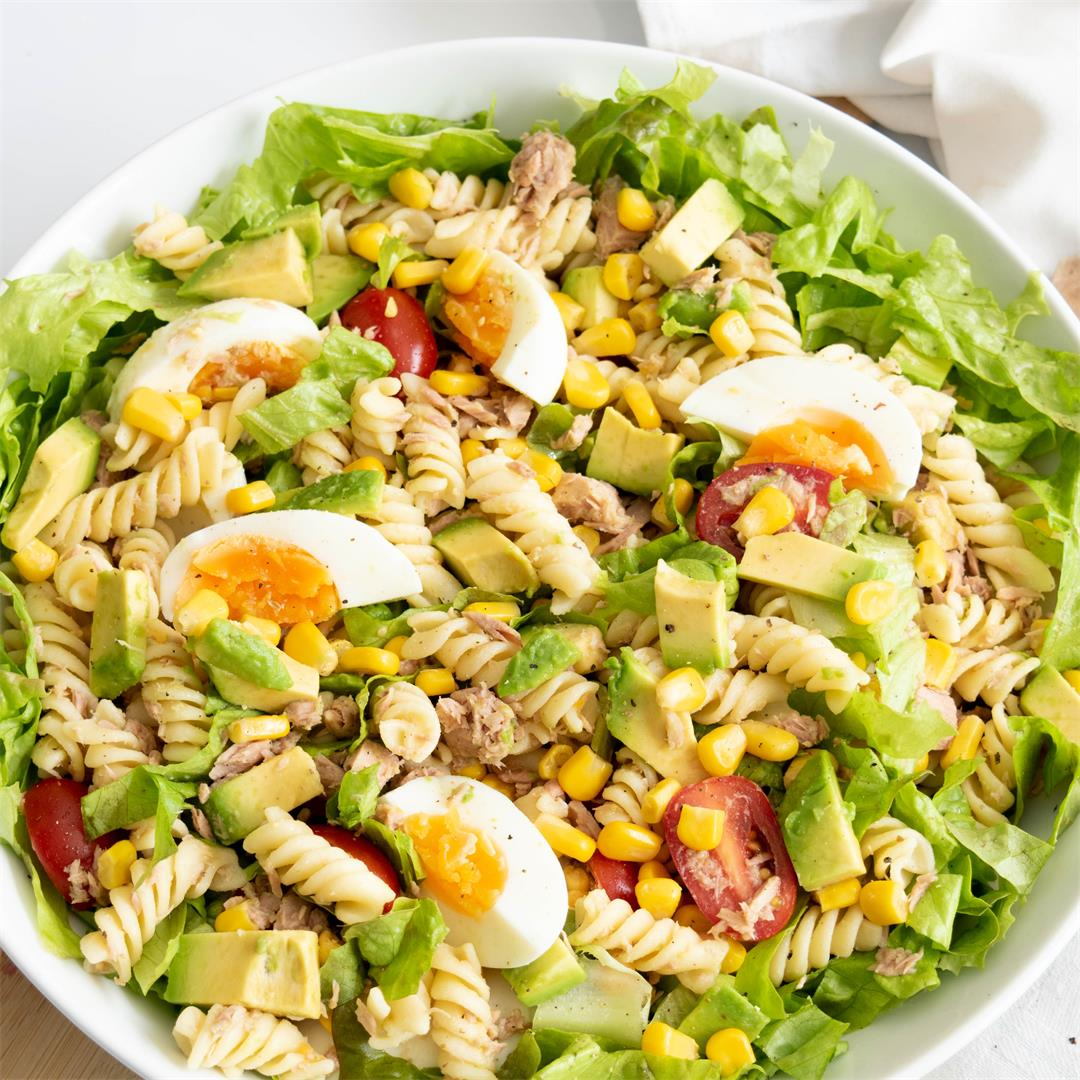 Tuna, Egg & Avocado Salad