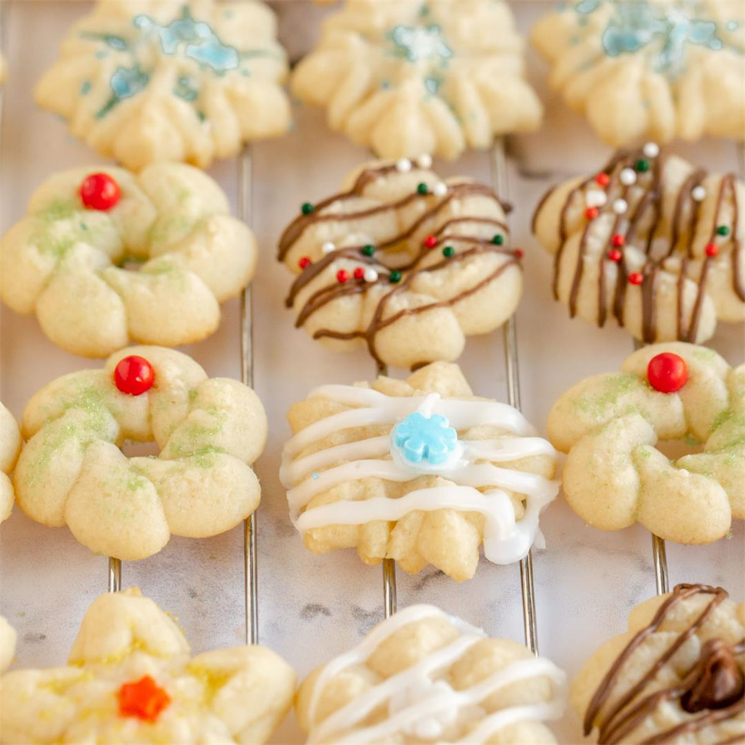 Classic Buttery Spritz Cookies (Super easy!)