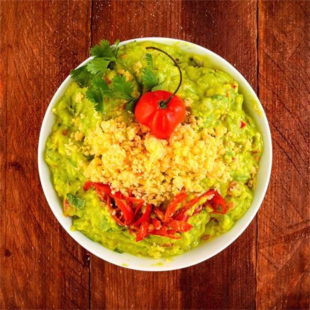How to Make Guacamole: 4 Ways
