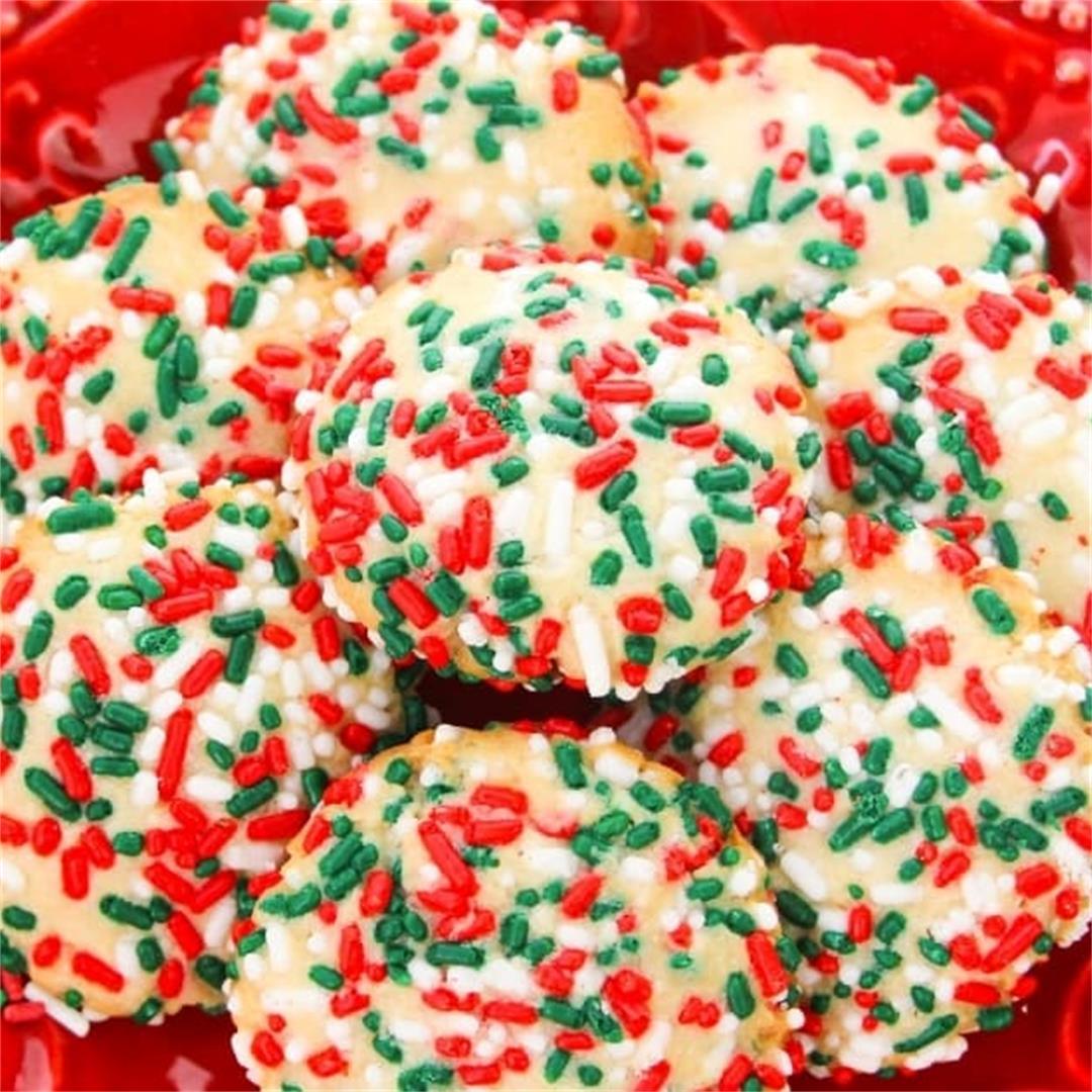 Christmas Sugar Cookies with Sprinkles