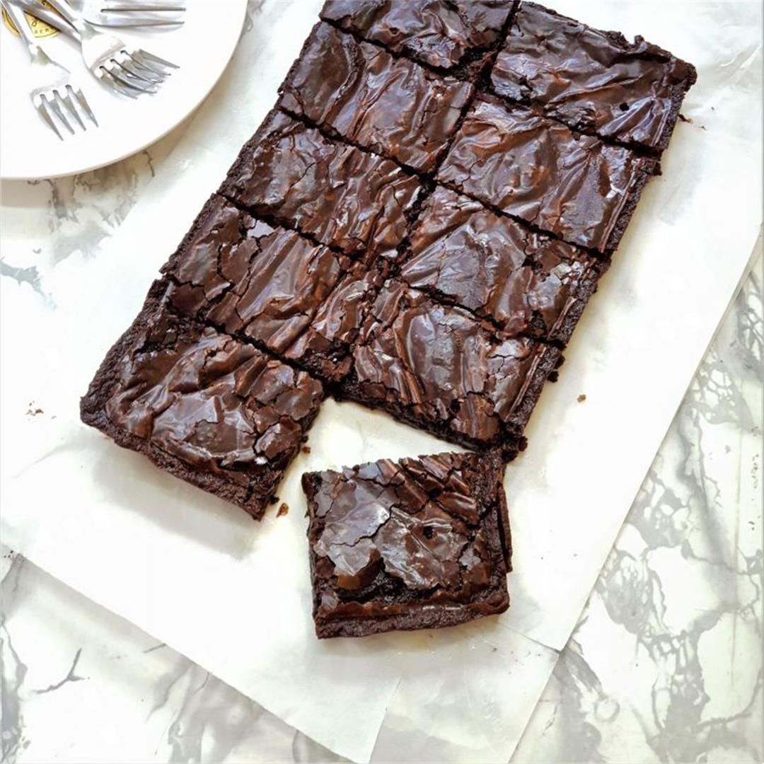 How to make Easy Fudgy Eggless Nutella Brownies