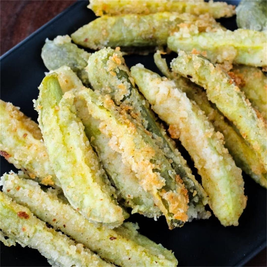 Crunchy Deep Fried Pickle Spears