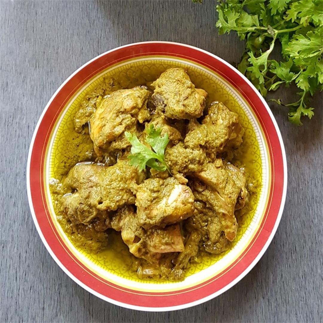 How To Make Easy Simple Coriander/Cilantro Chicken Curry Non Ve