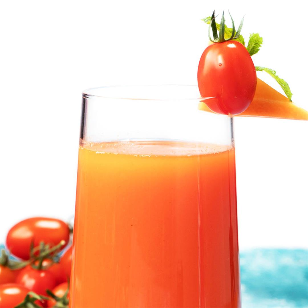 A Carrot Tomato Juice Recipe to Include in Your Healthy Diet