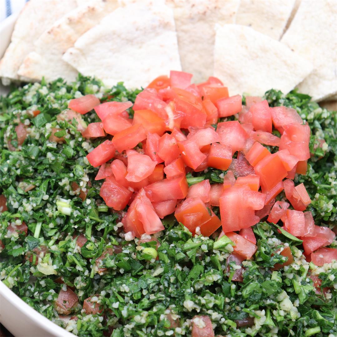Lebanese Tabbouleh Salad (Tabouli)