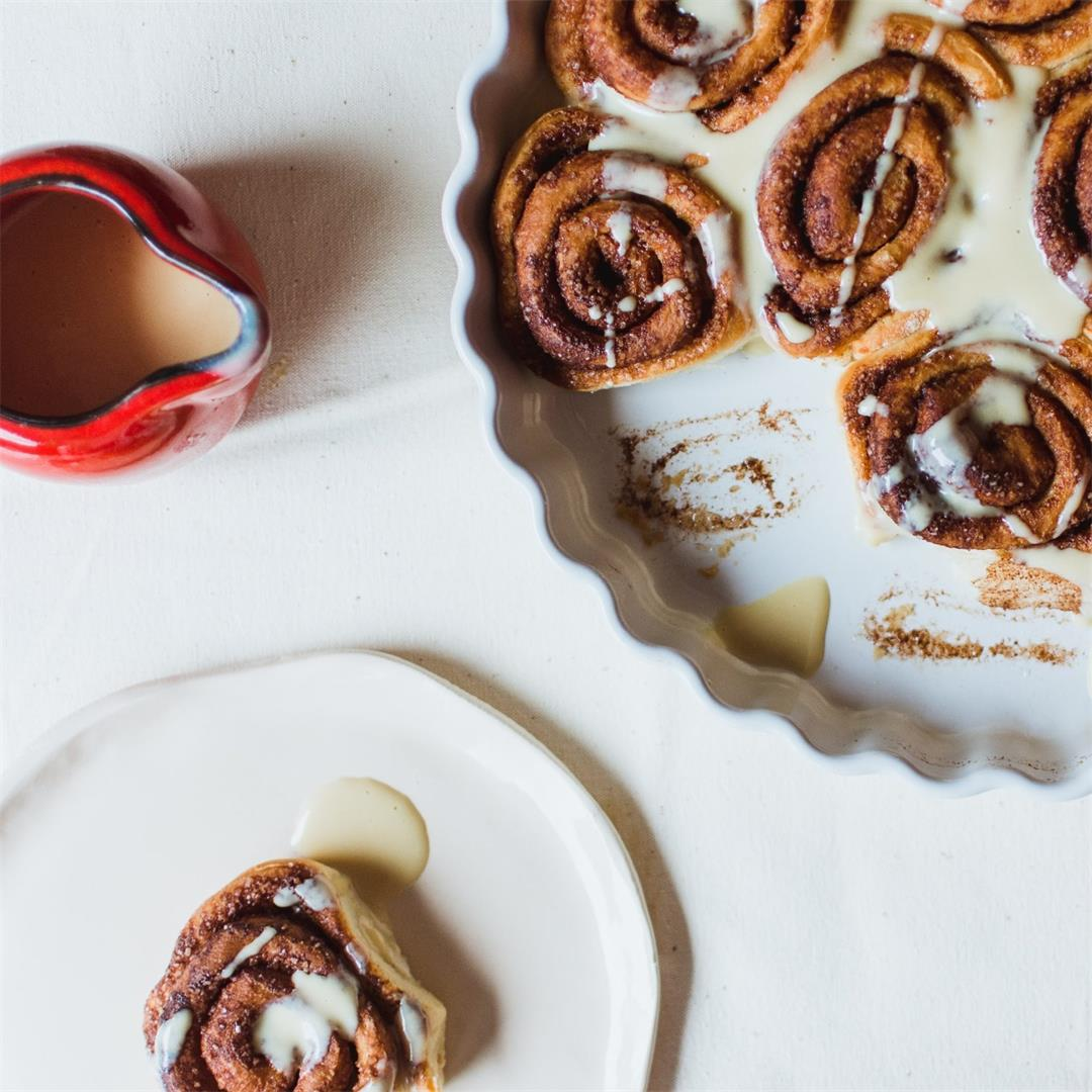 Ridiculously Easy Maple Cinnamon Rolls