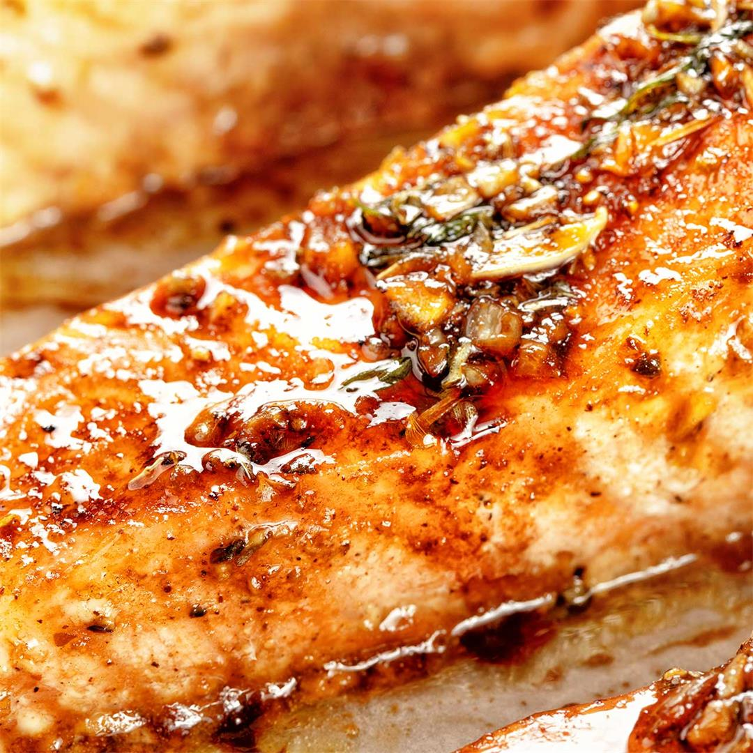 Broiled Salmon Recipe: A Juicy 20-Minute Fillet With Glossy Gla