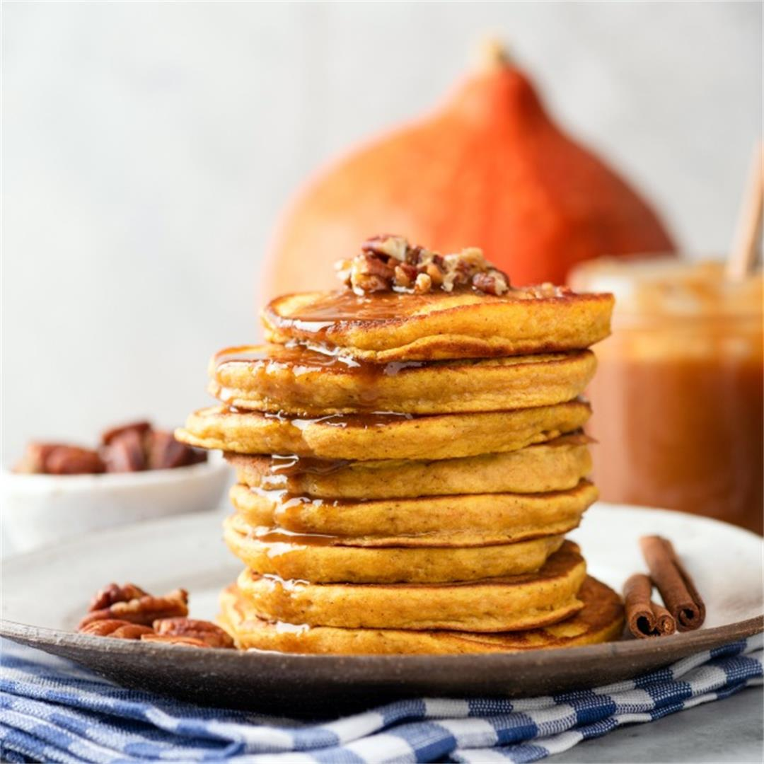 Easy & Delicious Pumpkin Pancakes