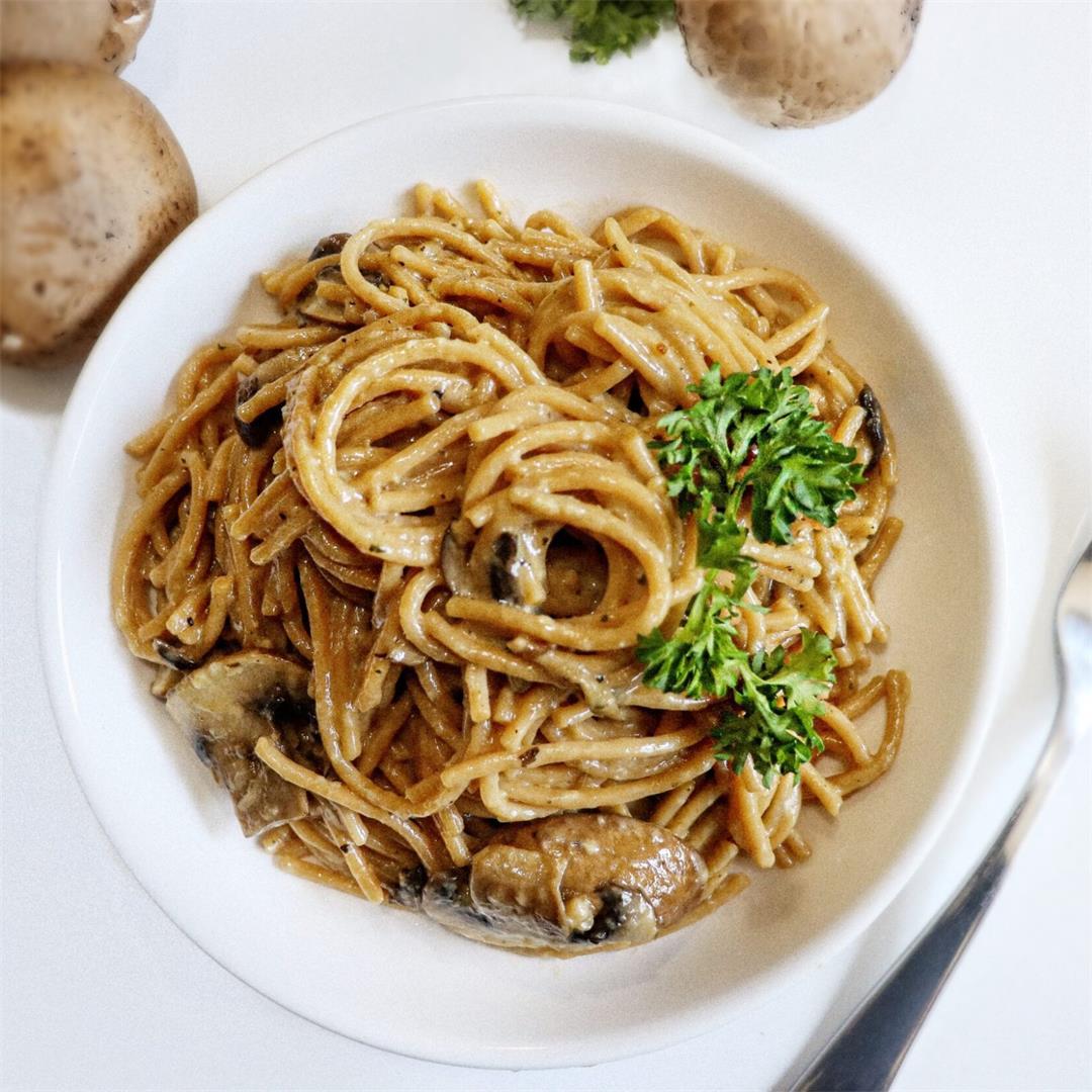 Easy and Family Friendly Creamy Mushroom Pasta