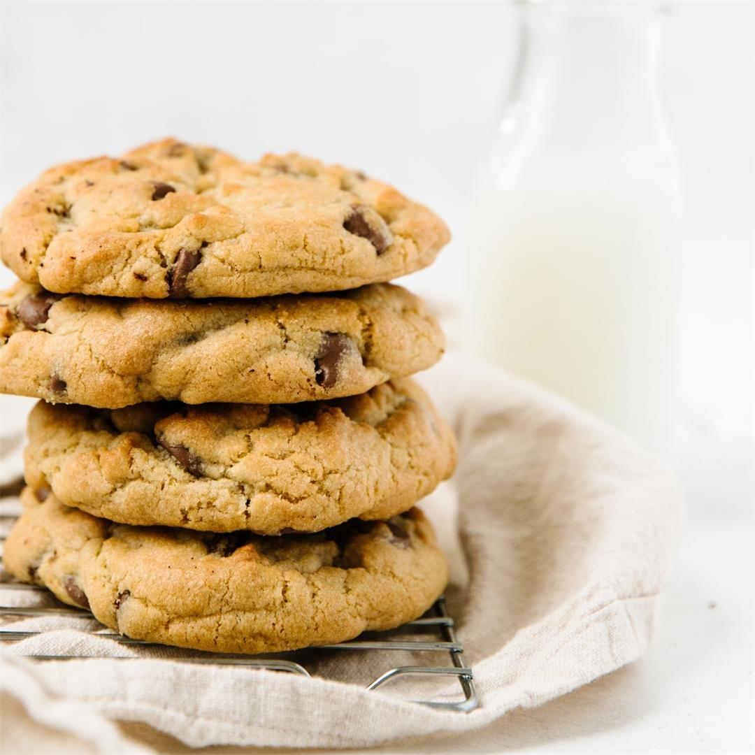 The BEST Bakery-Style Chocolate Chip Cookies