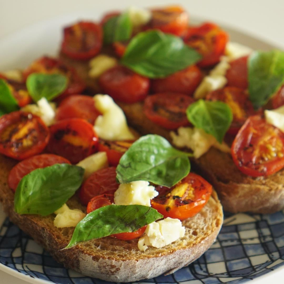 Easy Caprese Toast with Pan-Roasted Tomatoes, Basil, and Fresh