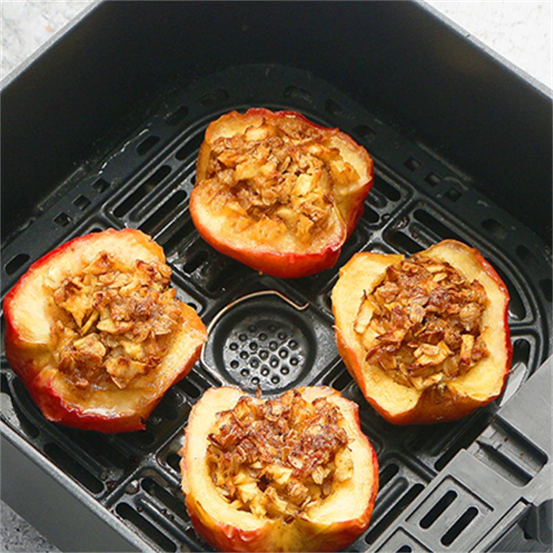 Air Fryer Baked Apples (Moist & Juicy)