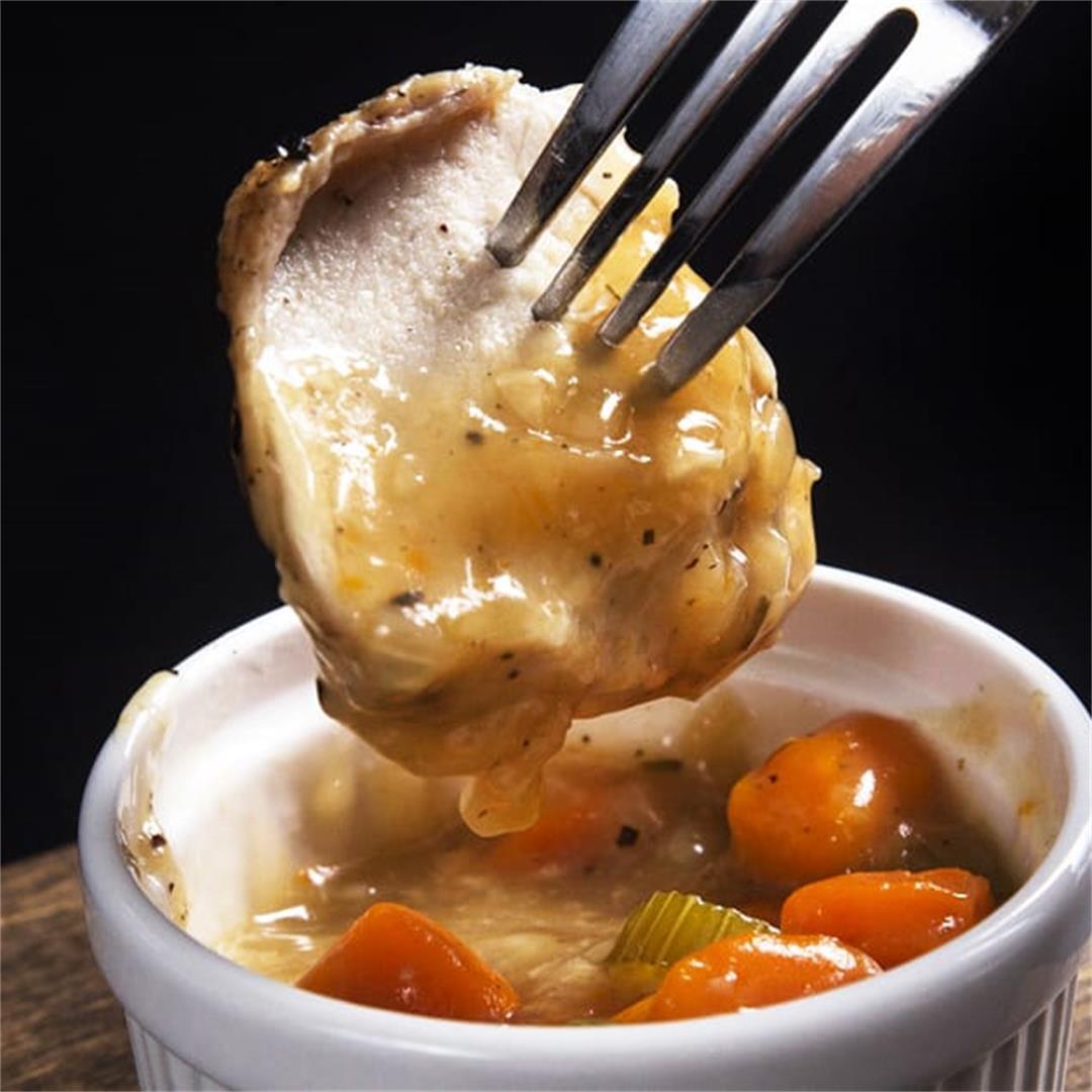 Instant Pot Chicken and Garlic Gravy