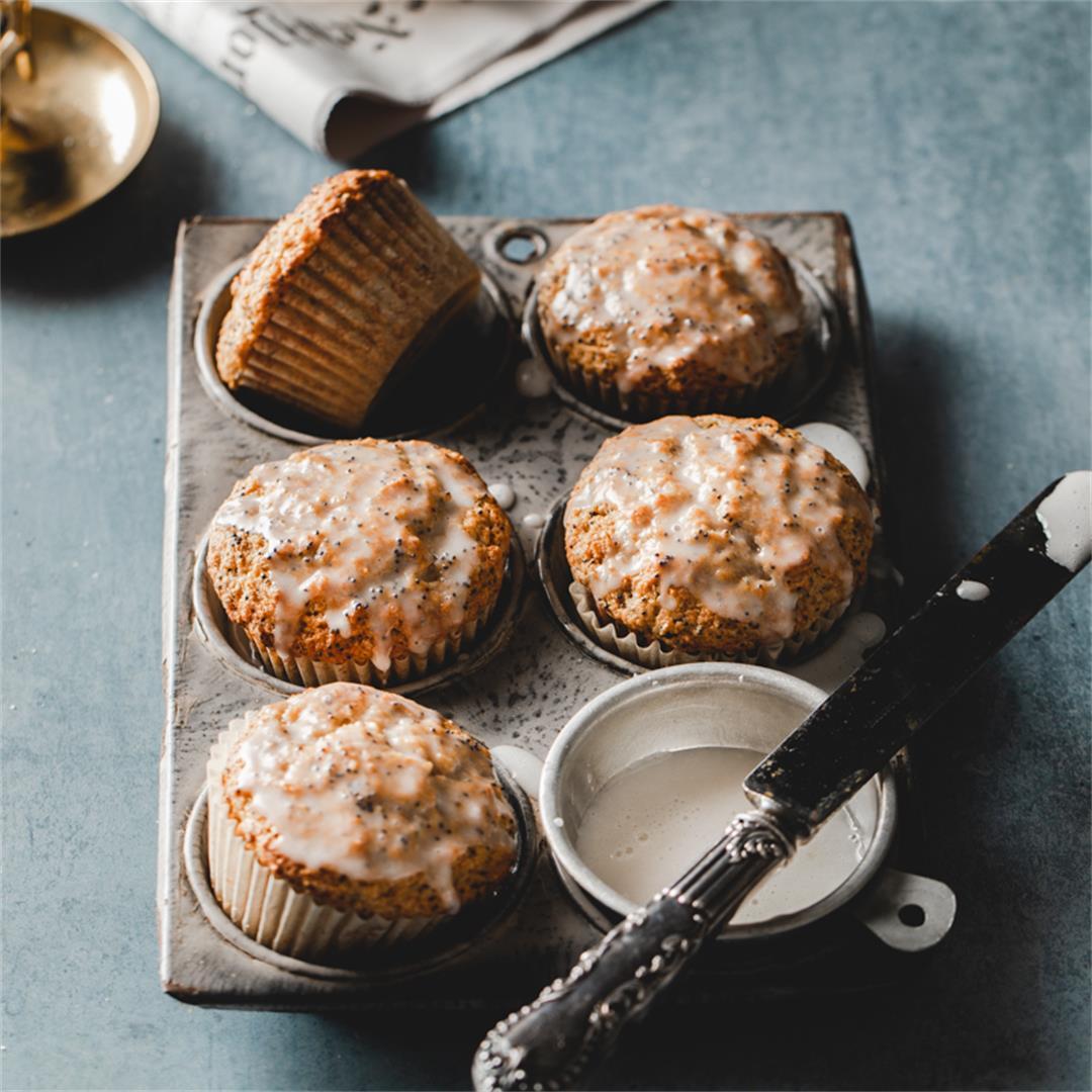 Vegan Lemon Muffins with Poppy Seeds