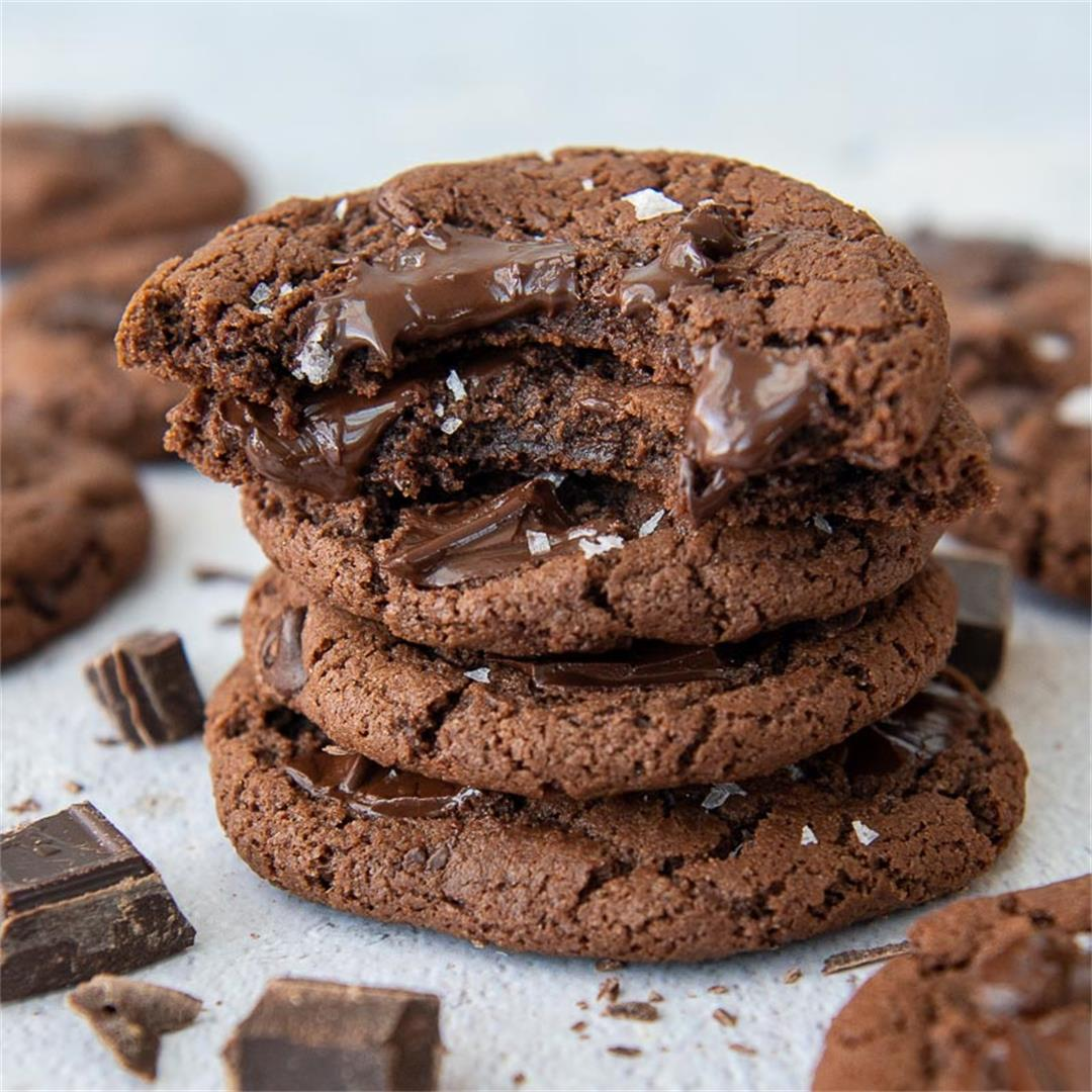 Fudgy Gluten-Free Chocolate Cookies