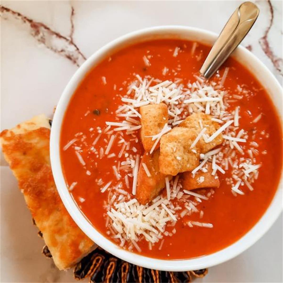 Instant Pot Copycat Panera Creamy Tomato Basil Soup