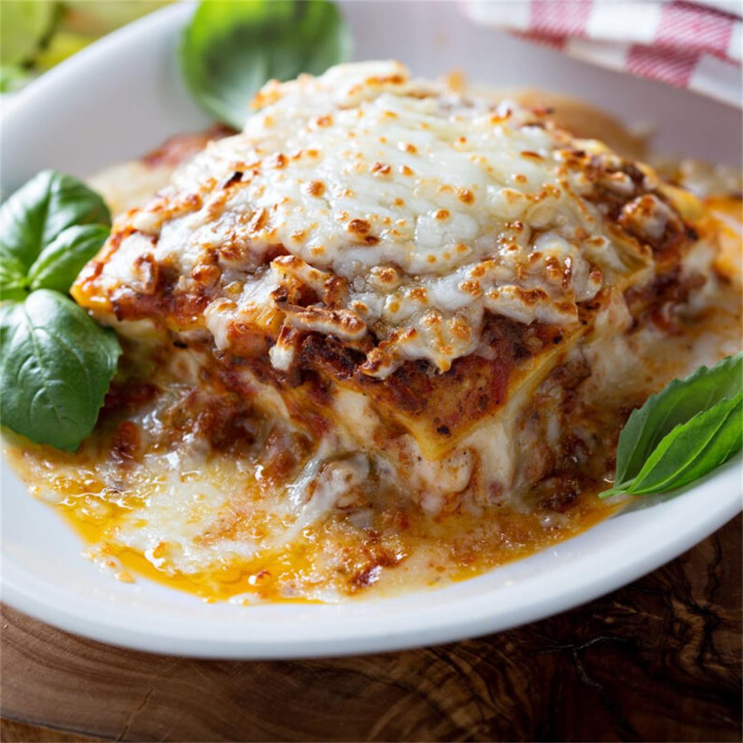 Traditional Beef Lasagna With Ricotta Cheese