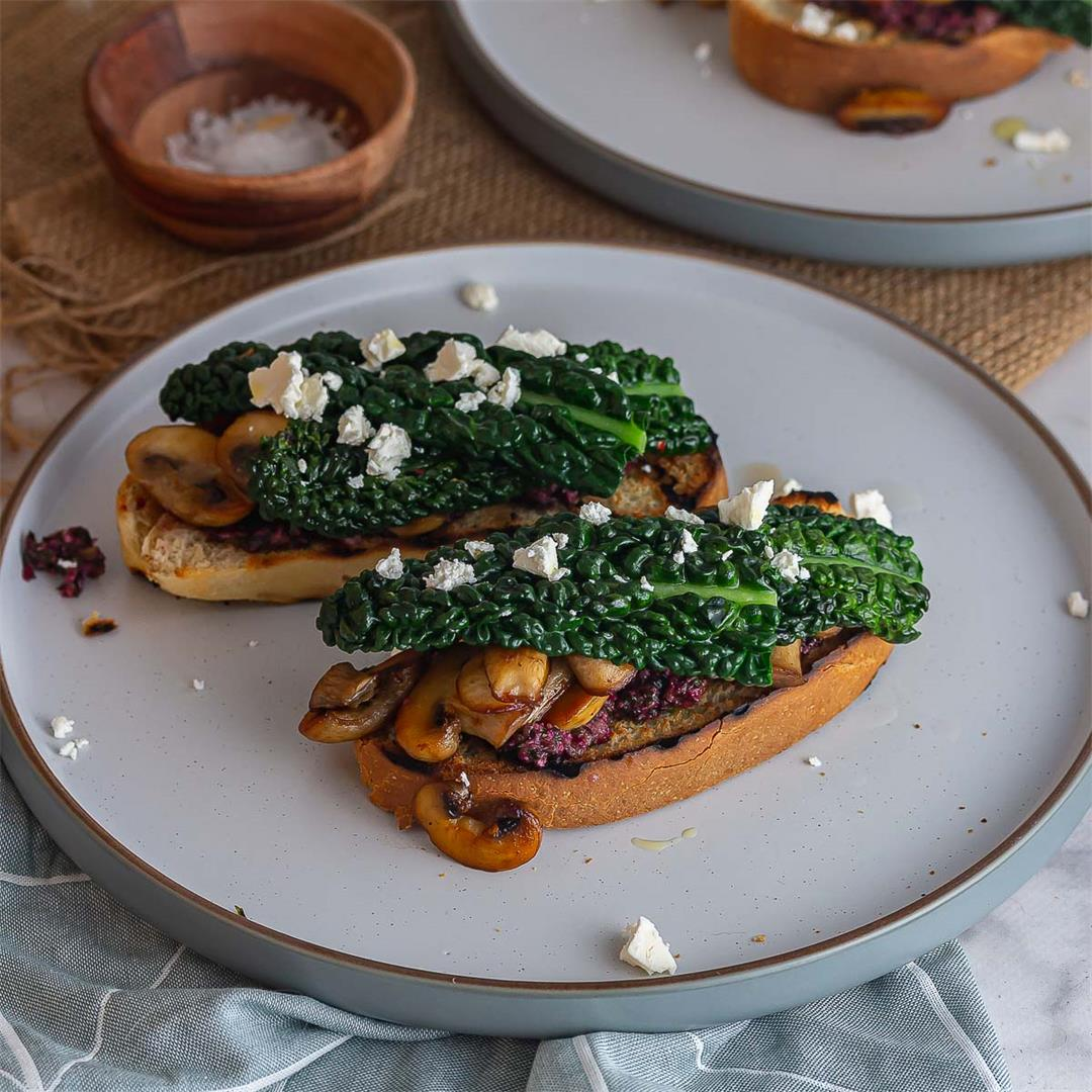 Mushroom Toasts with Vegetable Top Pesto