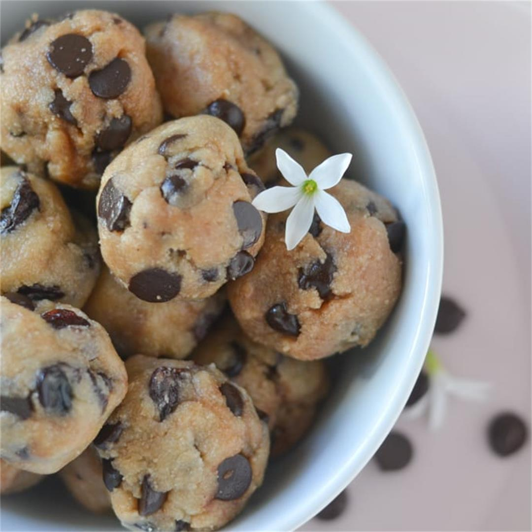 Healthy Chocolate Cherry Cookie Dough Balls