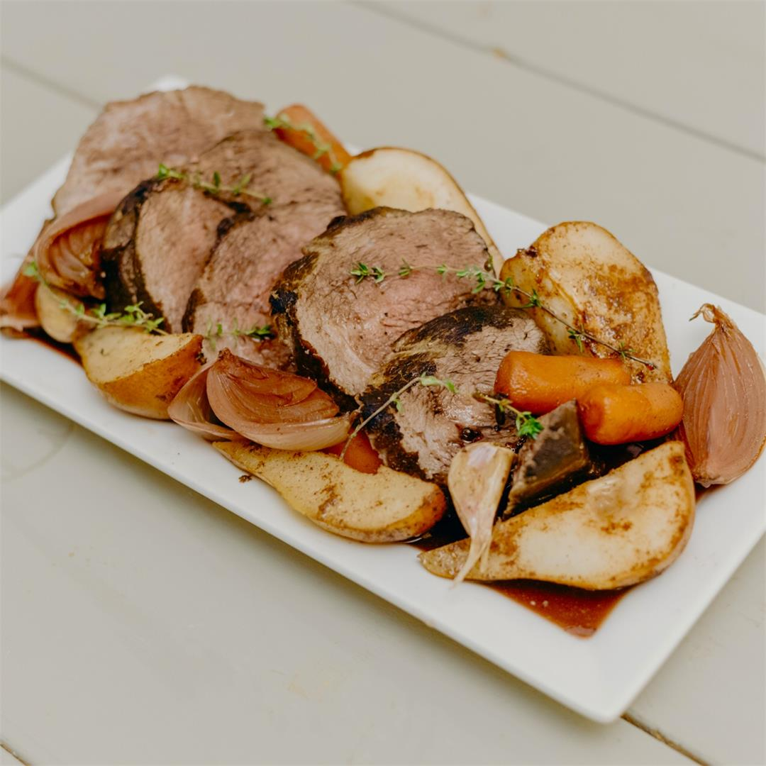 Roasted beef in red wine with pears recipe