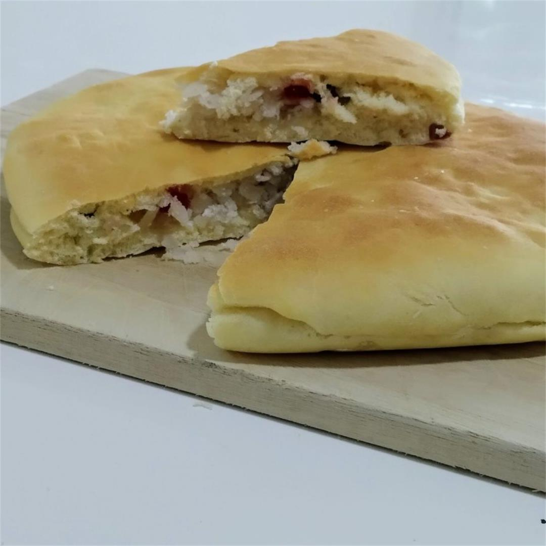 How to make bakery-style coconut bun