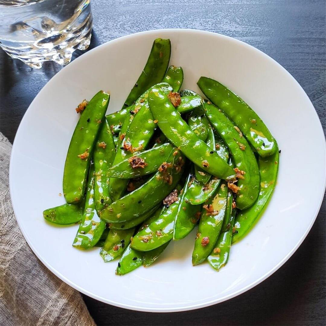 Stir-fried snow peas