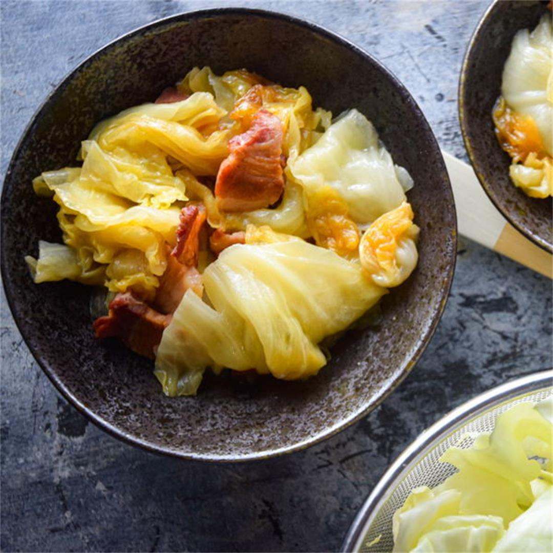 St. Patrick's Day Slow Cooker Cabbage & Bacon