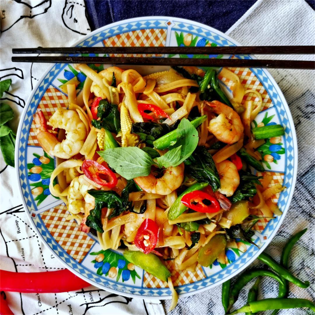 Drunken noodles- How to make Thai spicy noodles (proven recipe)