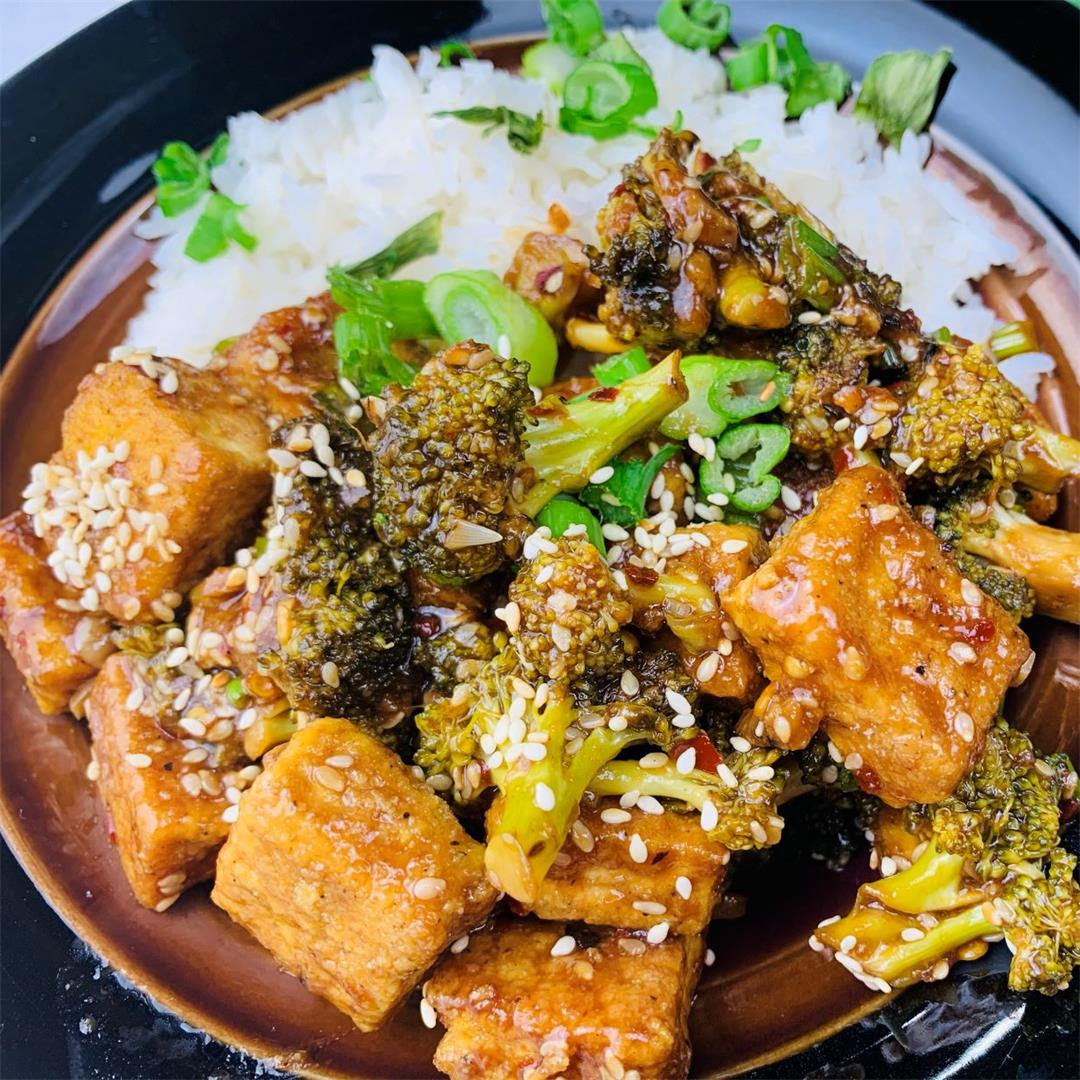 Stir-fried Sesame Tofu with Broccoli