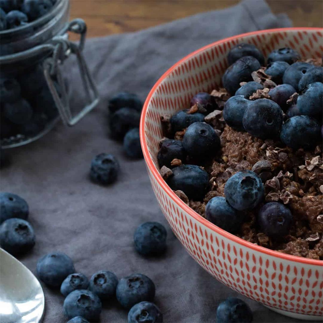 Chocolate Oatmeal with Peanut Butter & Blueberries
