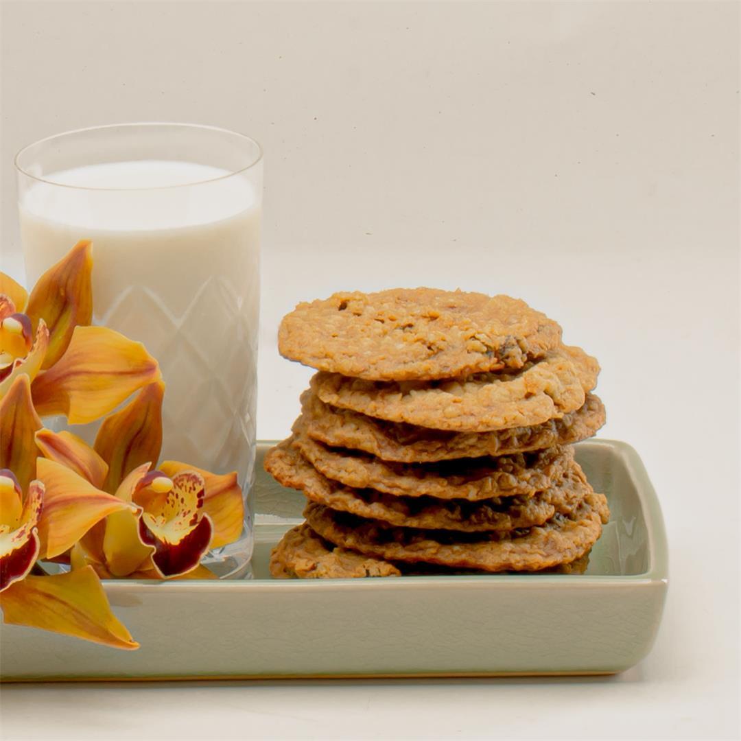 Ru-Raisin-Oatmeal Cookies