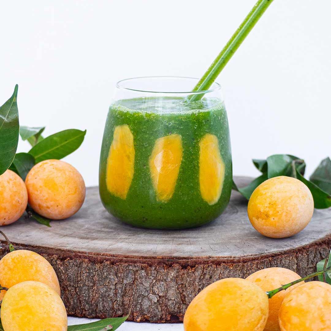 Plum Mango Kale Smoothie Recipe
