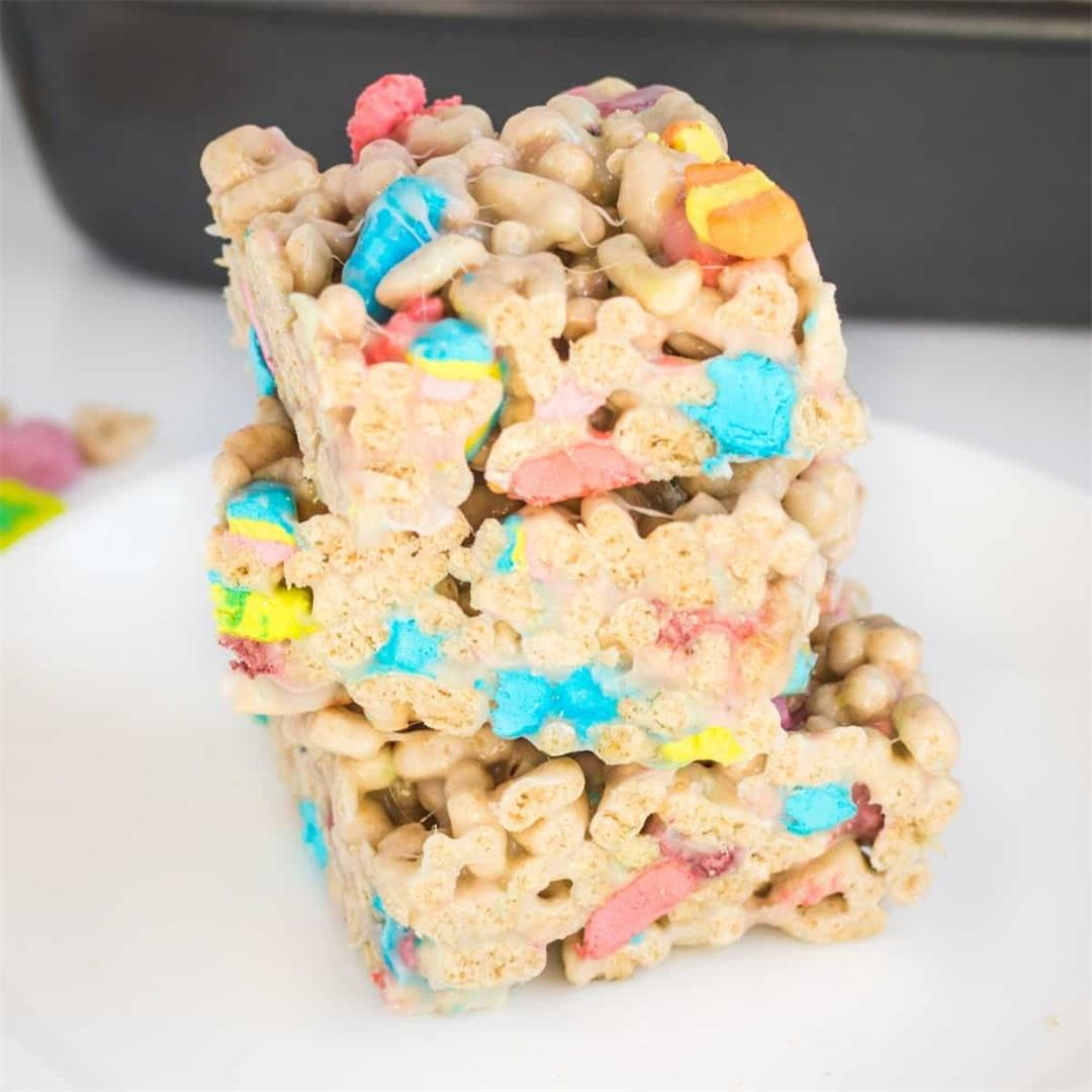 Lucky Charms Bars (Easy No-Bake Cereal and Marshmallow Treats)