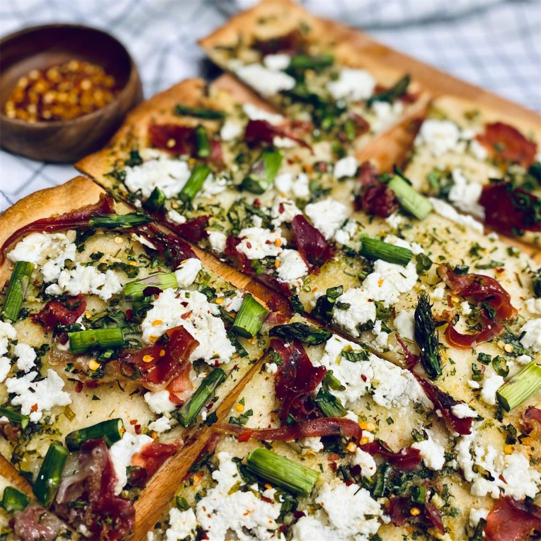 Goat Cheese and Asparagus Flatbread