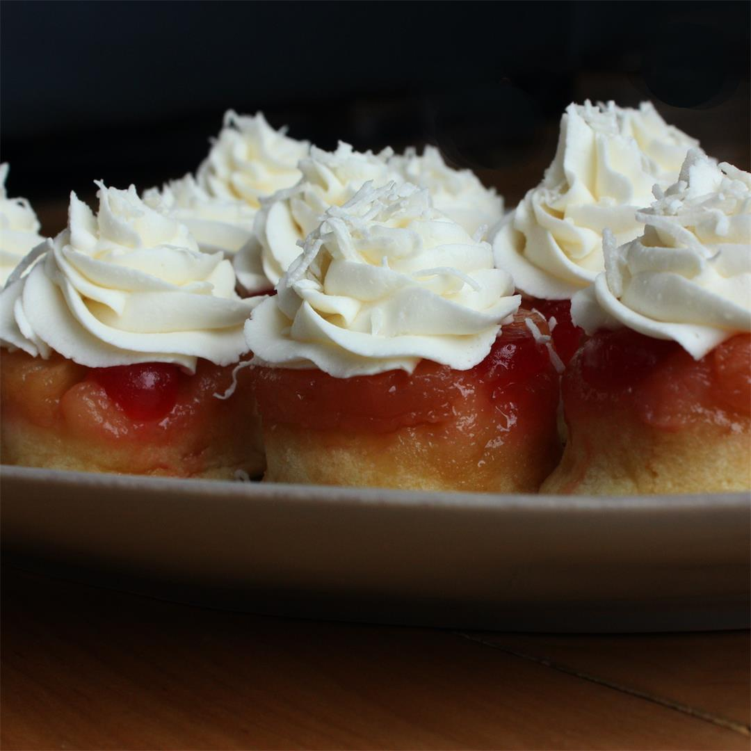 Easy Pineapple Upside Down Cupcakes with Rum: my take on a pina