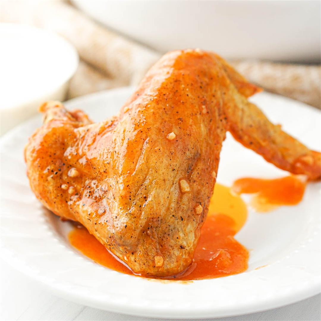 Keto Air Fryer Chicken Wings with Buffalo Sauce