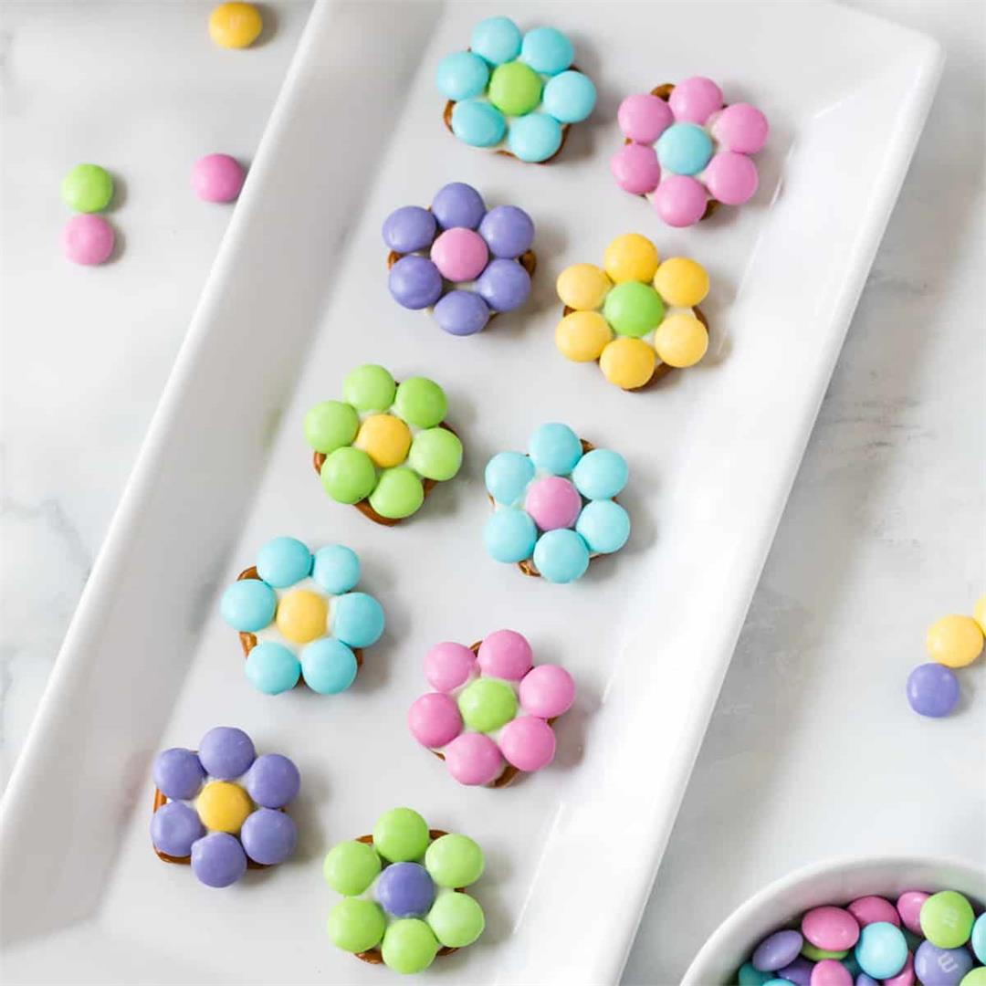 Spring Flower Pretzel Bites (Easy 3 Ingredient Recipe!!)