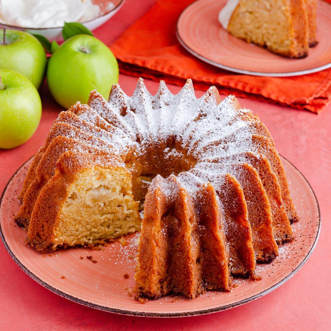 Apple and Olive Oil Bundt Cake