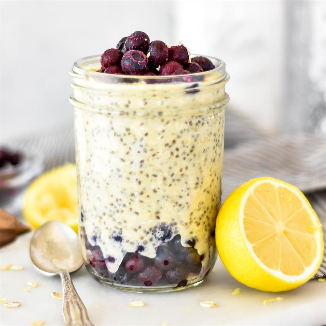 Lemon Blueberry Overnight Oats — Foodborne Wellness