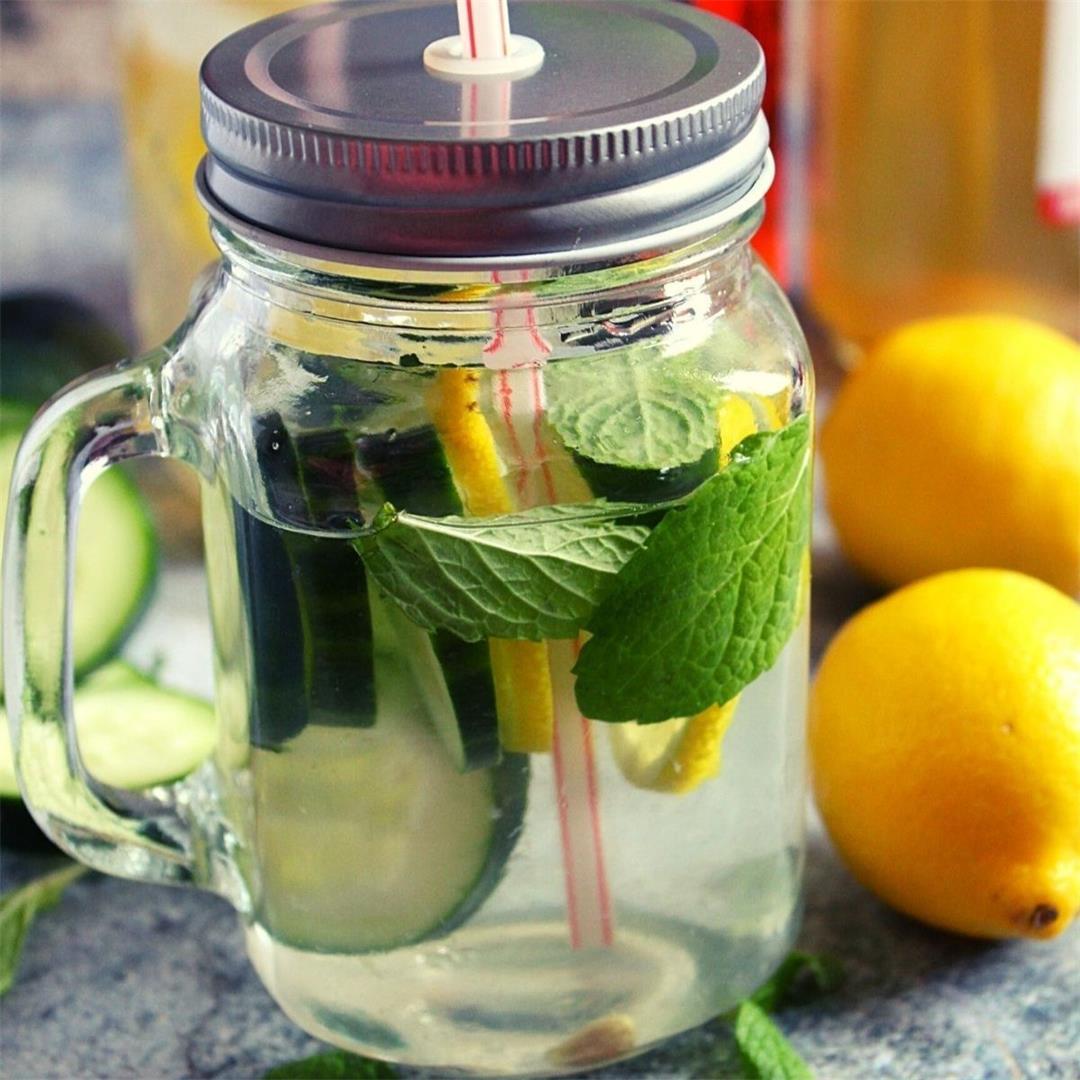 lemon cucumber water detox with mint