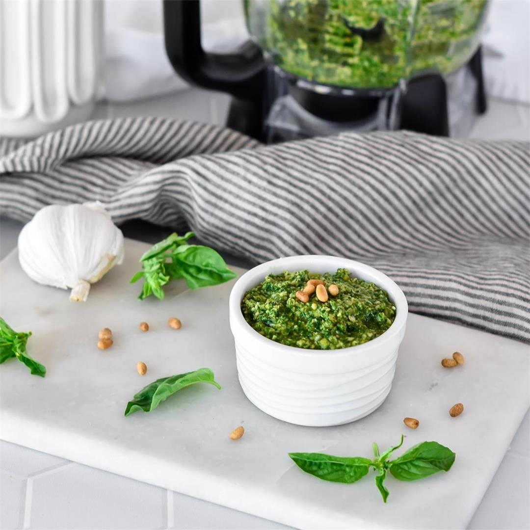 Whole30 Pesto (Paleo, Vegan) — Foodborne Wellness