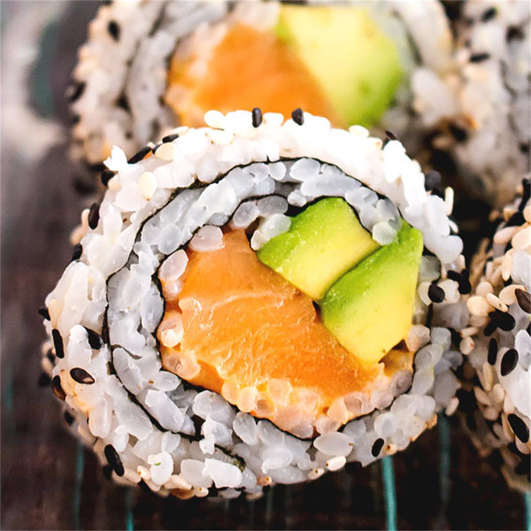 Spicy Salmon Roll Sushi