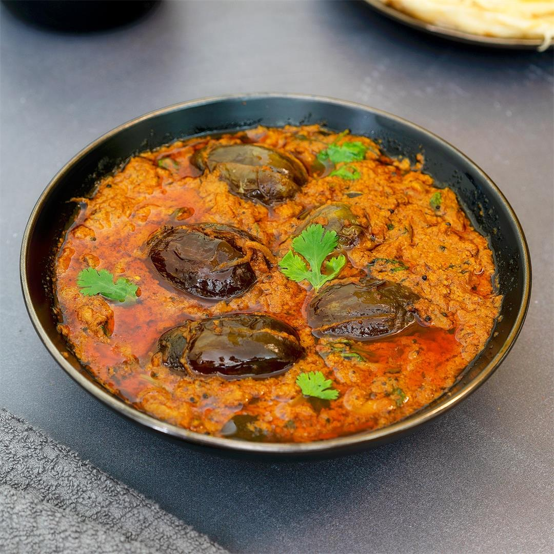 Gutti Vankaya Koora Recipe | Stuffed Brinjal Curry