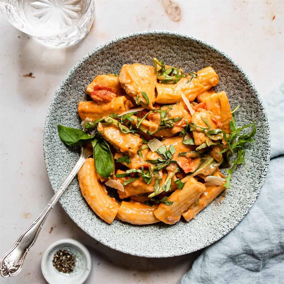 30 Minute Tomato Chicken Pasta (quick & easy Aldi recipe)