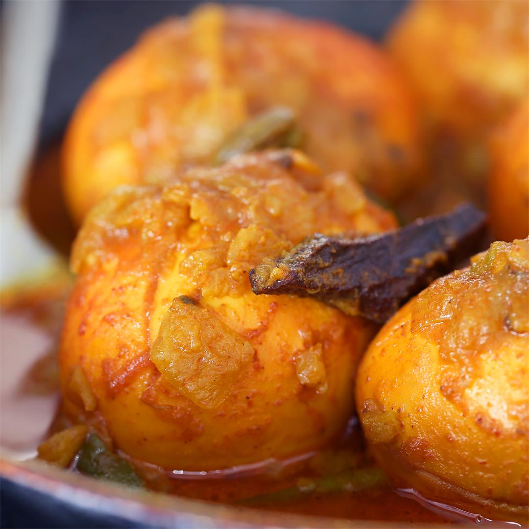 Egg Curry Recipe – Eggs in Yoghurt and Tomato Gravy