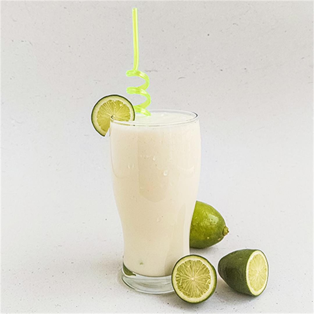 Make A Healthy Lime Smoothie With Only 4 Ingredients