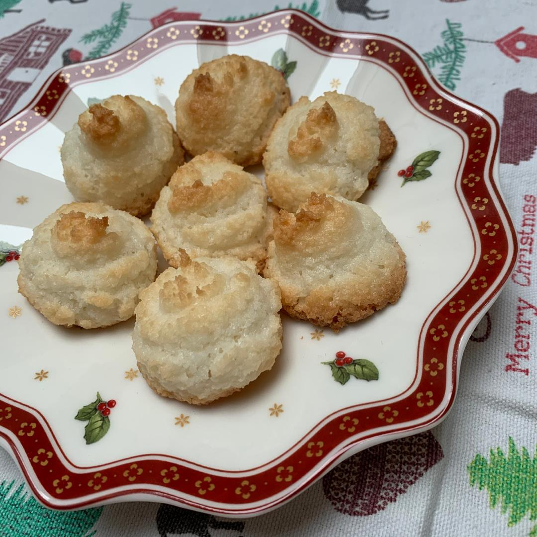 Grannies coconut kisses cookie recipe