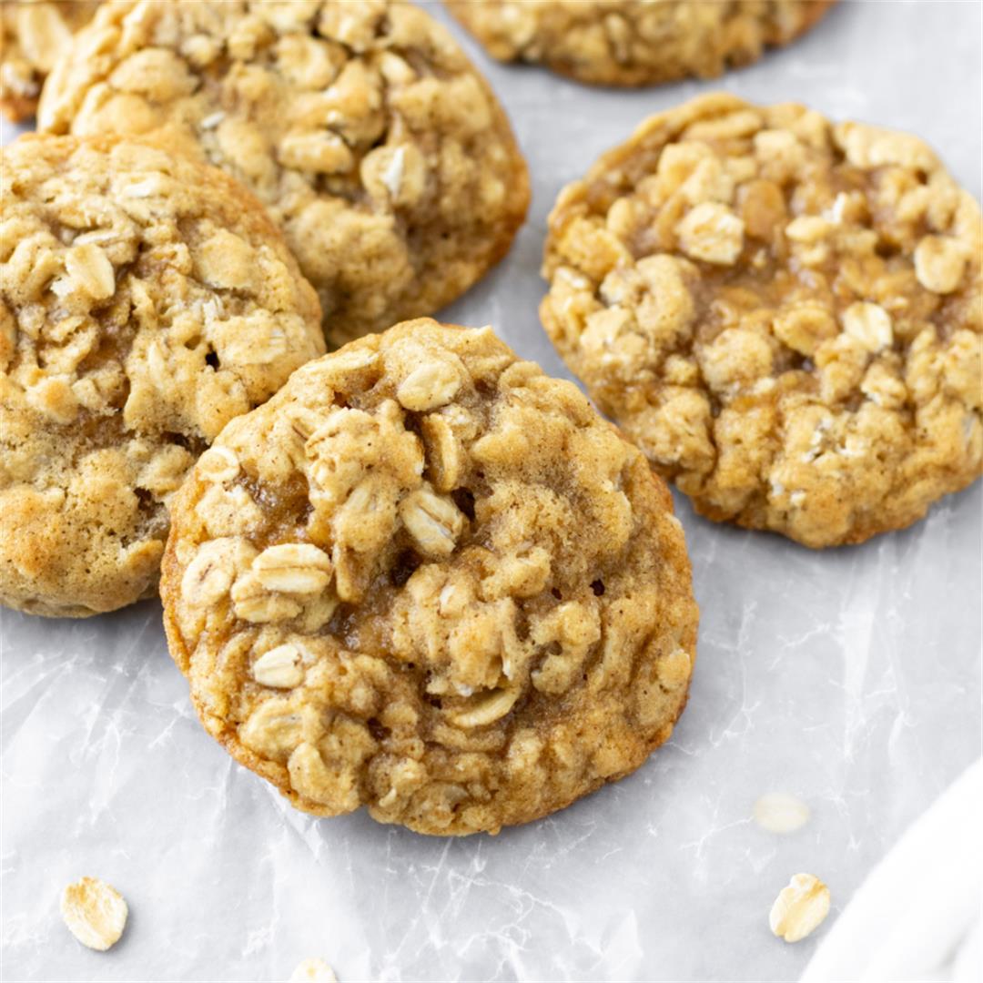 Simple Oatmeal Cookies