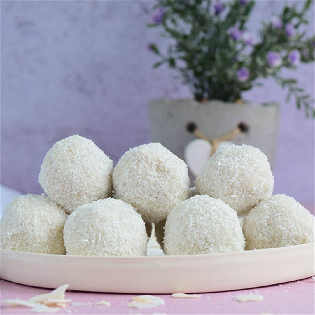 Vegan Raffaello Coconut Balls