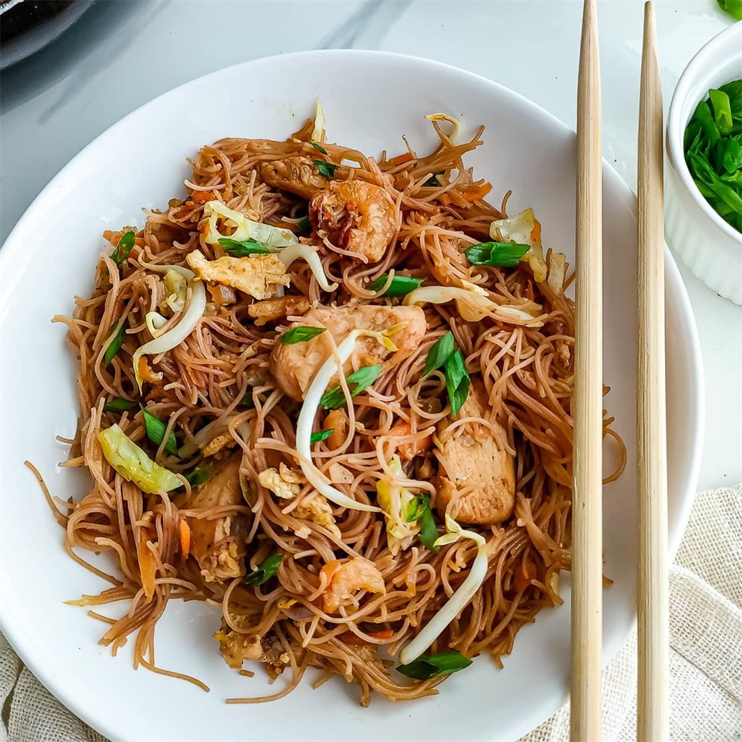 Healthy fried bee hoon (Singapore noodles) recipe